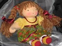 Дизайн красочными костюмированными куклами