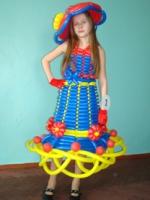 Платье из воздушных шаров medium