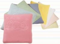 Подушка в коляску и кроватку для детей  тисненная Womar