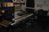 Разработка авторских творческих концепций, аудио-брендинг(джинглы, гимны, фоновая музыка для продаж…)